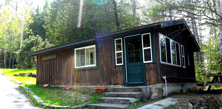 Wondrous Lovely Vacation Rental With Direct River Access Near North Bay Ontario Home Interior And Landscaping Ferensignezvosmurscom