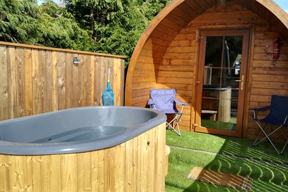 Luxury Glamping With Hot Tub Uk Holidays Private Hot Tubs