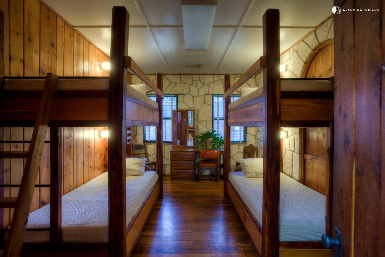 Luxury getaway in kerr county texas for Hunt texas cabins
