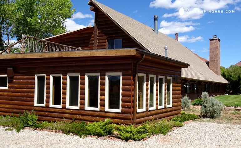 Cabin rental for long term getaway near moab utah for Moab utah cabins