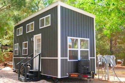 Glamping In Tiny Home Rentals Best Tiny Houses For Rent Near Me