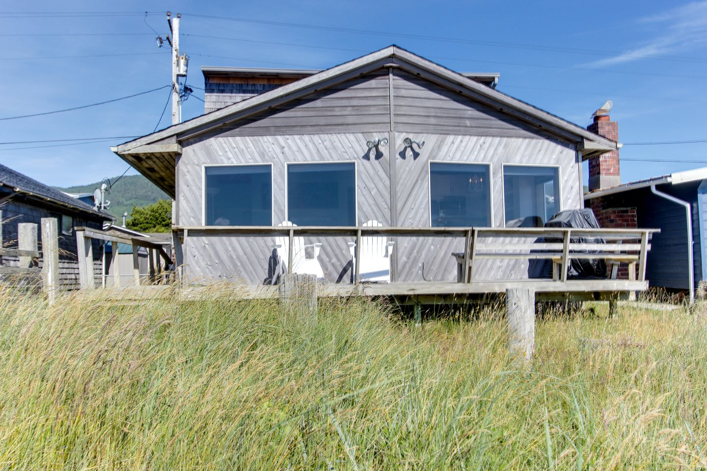 Cottages (Rockaway Beach, Oregon, United States)