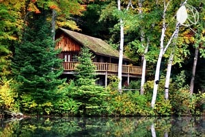 Pet friendly cabins in upstate new york for Log cabins upstate ny