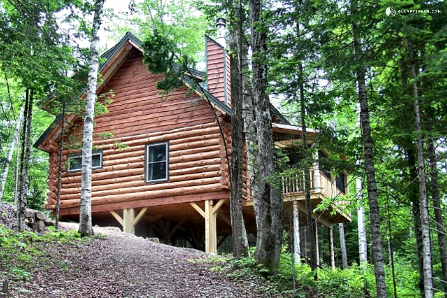 Log Cabin Rental Near Lake Placid. Full resolution‎  file, nominally Width 1440 Height 960 pixels, file with #538C3F.