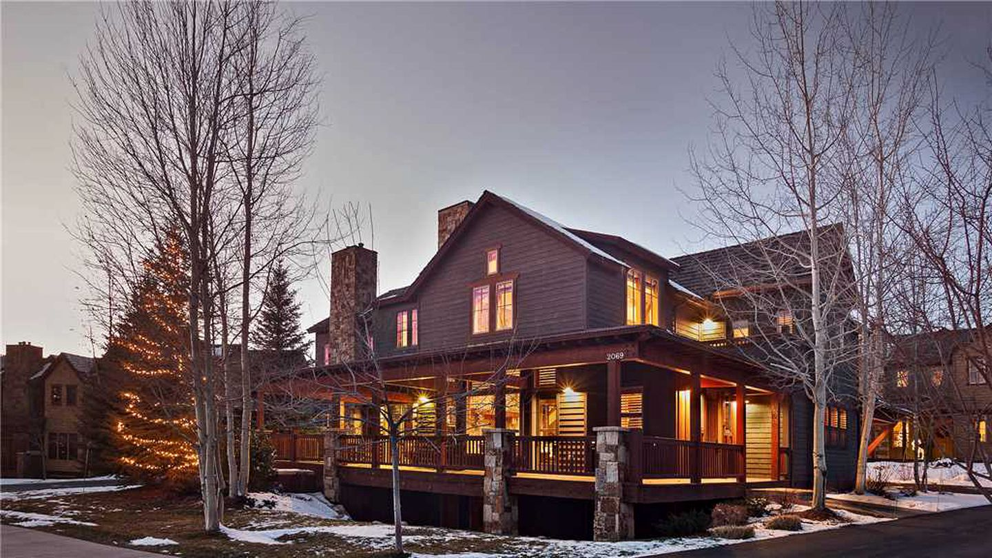 Cabins (Steamboat, Colorado, United States)