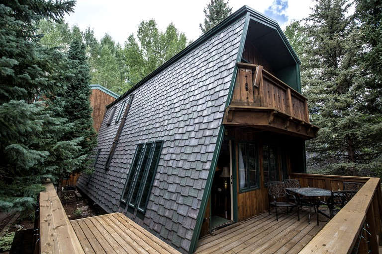 Unique Cabin Rental With A Hot Tub In Vail Colorado