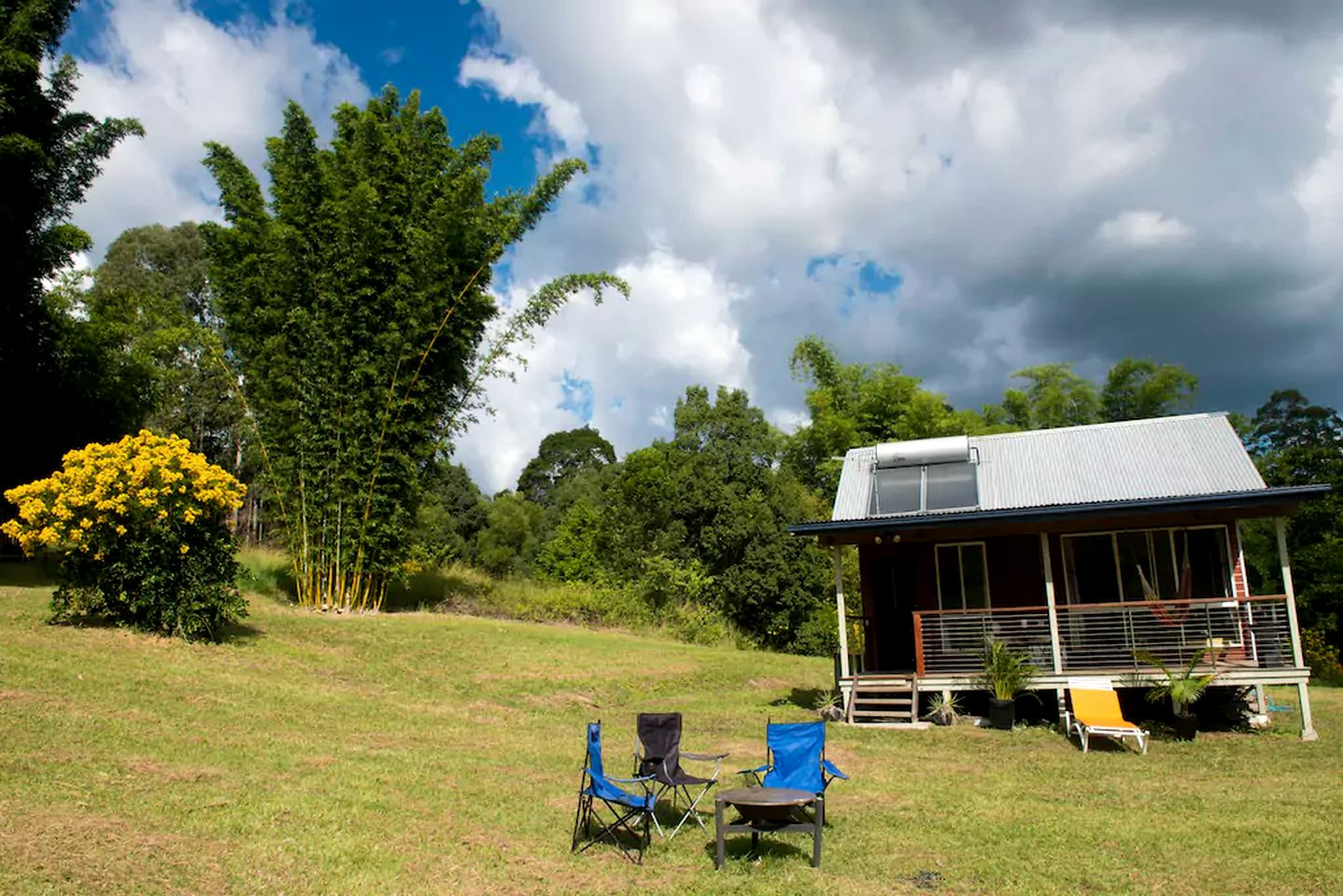 Cabins (Nimbin, New South Wales, Australia)