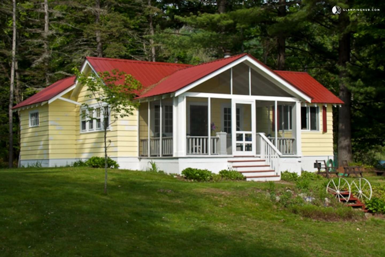 Cottage rental adirondack park new york for Family cottages