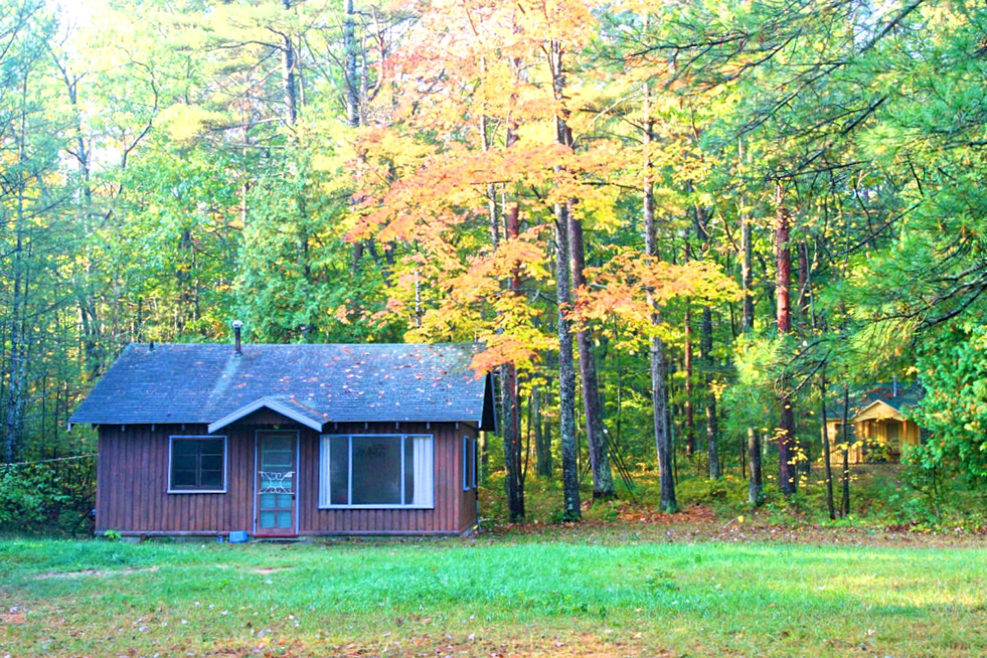 Cabins (Ossineke Township, Michigan, United States)