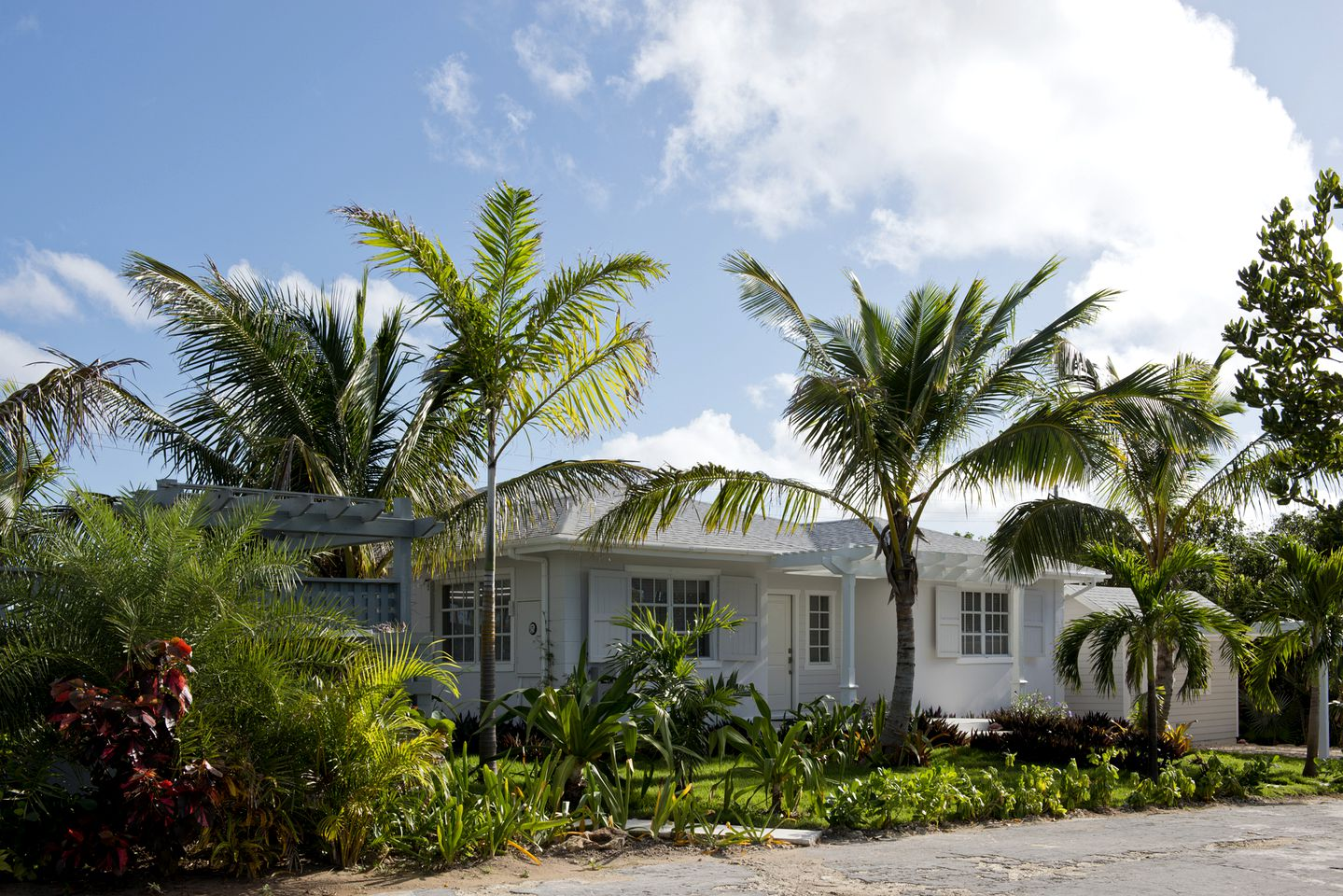 Tropical island villa rental for Bahamas family vacation.