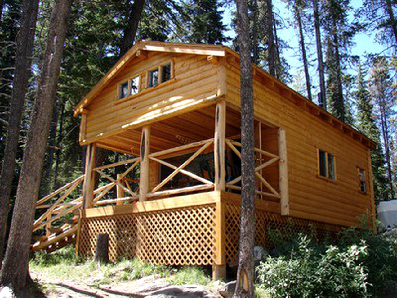 Cabins (Lake Country, British Columbia, Canada)