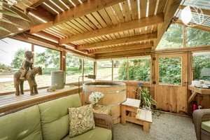 Photo of Peaceful Cedar Green House In Silverton, Oregon
