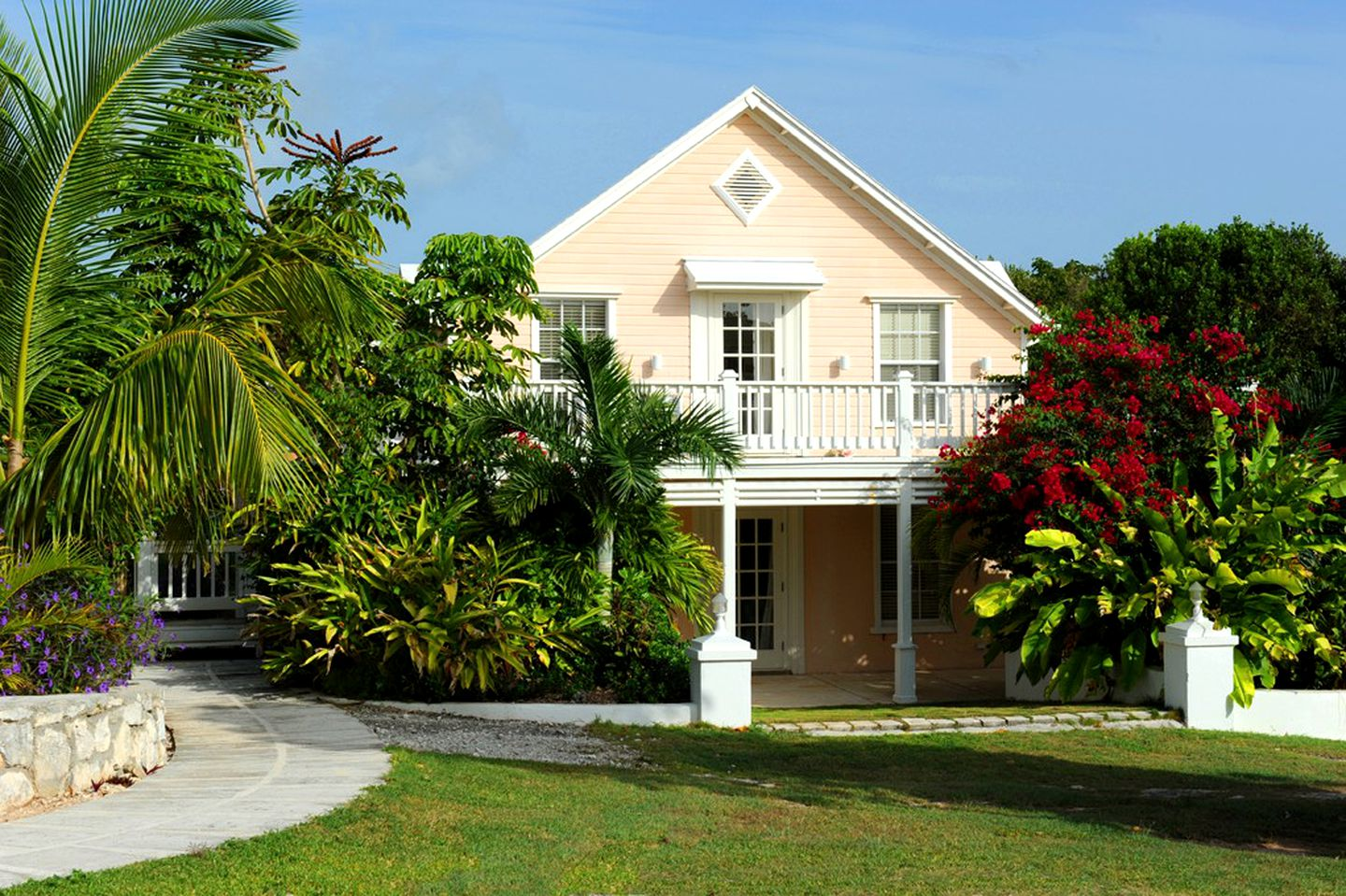 Cottages (Governor's Harbour, North Eleuthera, Bahamas)