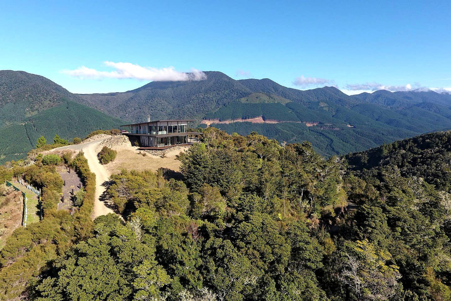 This amazing South Island holiday home is the perfect choice for a luxury accommodation in Nelson