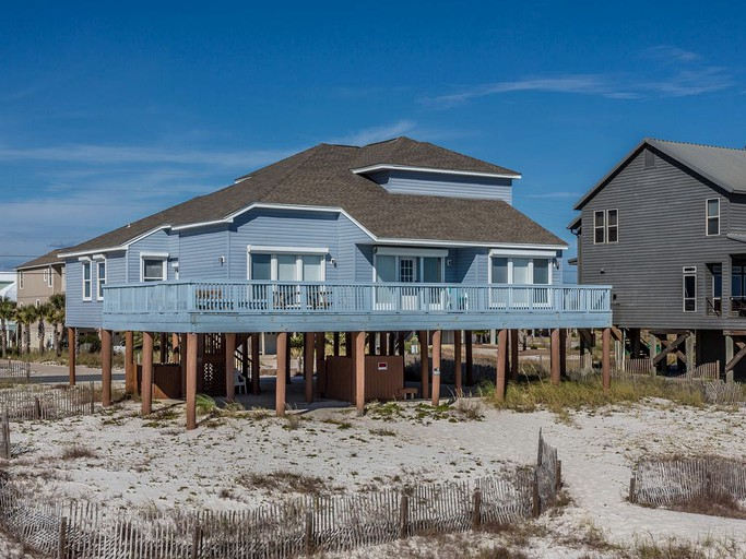 Enjoyable Bright Beach Cabin Rental With Incredible Views Of The Gulf In Navarre Florida Download Free Architecture Designs Sospemadebymaigaardcom