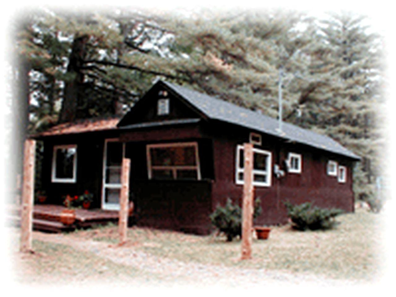Cozy Camping Cabin in La Peche, Quebec