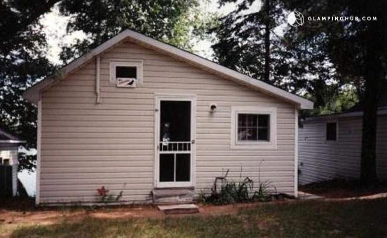 lovely cottage rental near weslemkoon lake ontario rh glampinghub com Barton Springs Austin TX Partridge Creek Ontario