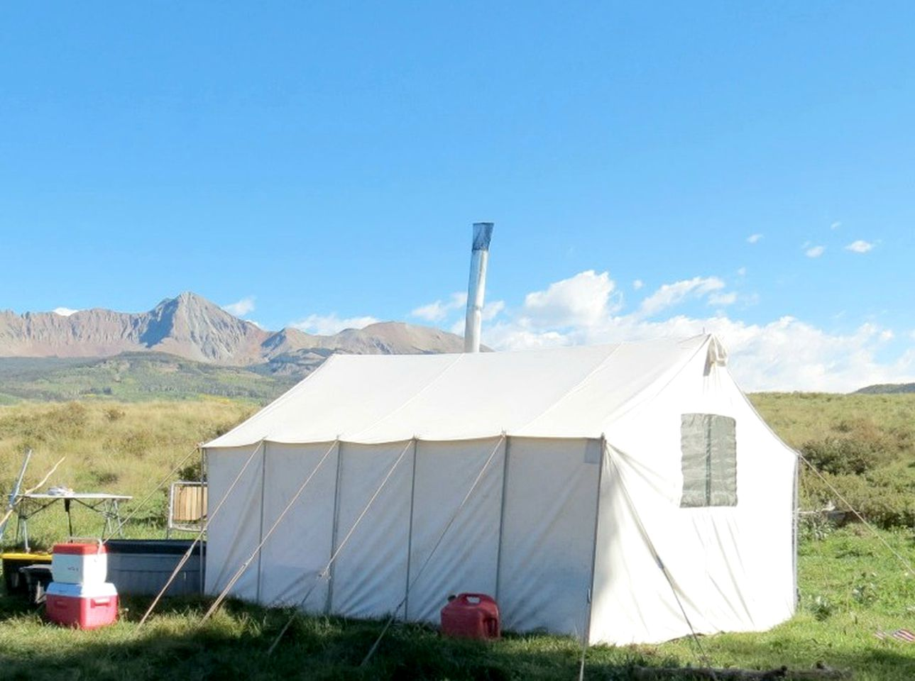 Tents (Denver, Colorado, United States)