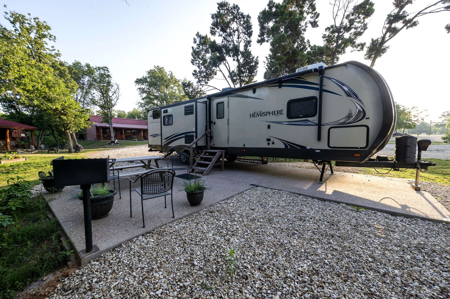 Caravans (Waco, Texas, United States of America)