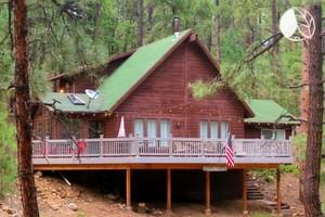 Glamping arizona arizona glam camping luxury camping in az for Mt lemmon cabin rentals pet friendly