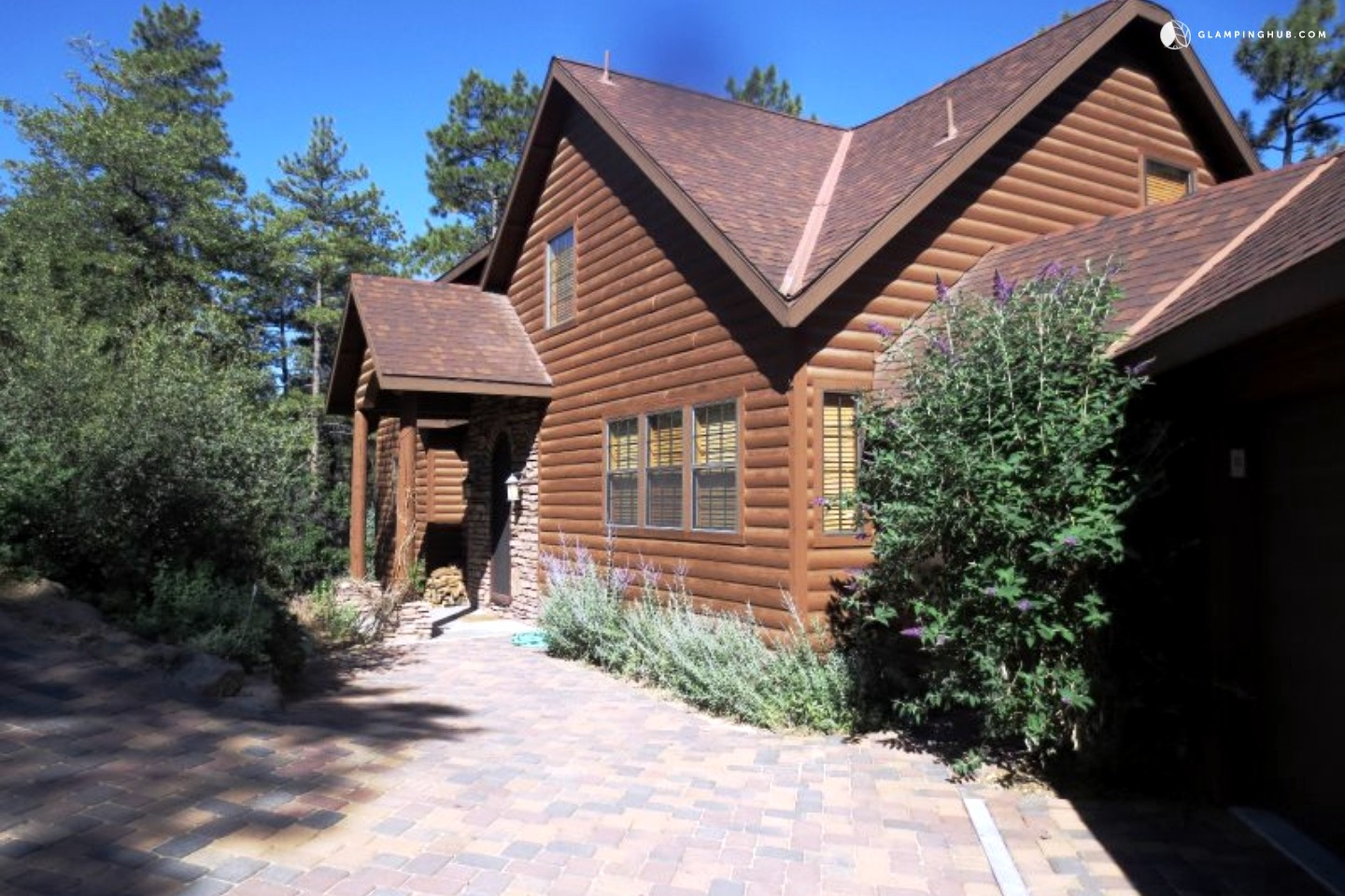 Log cabin in prescott arizona for Az cabin rentals with hot tub
