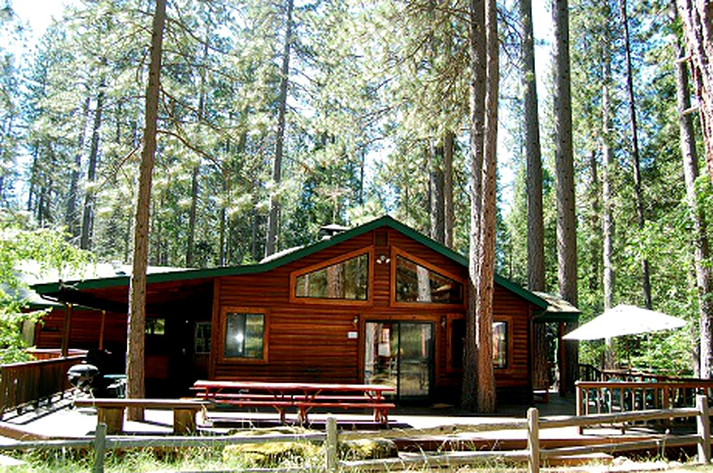 Cabins (Wawona, California, United States)