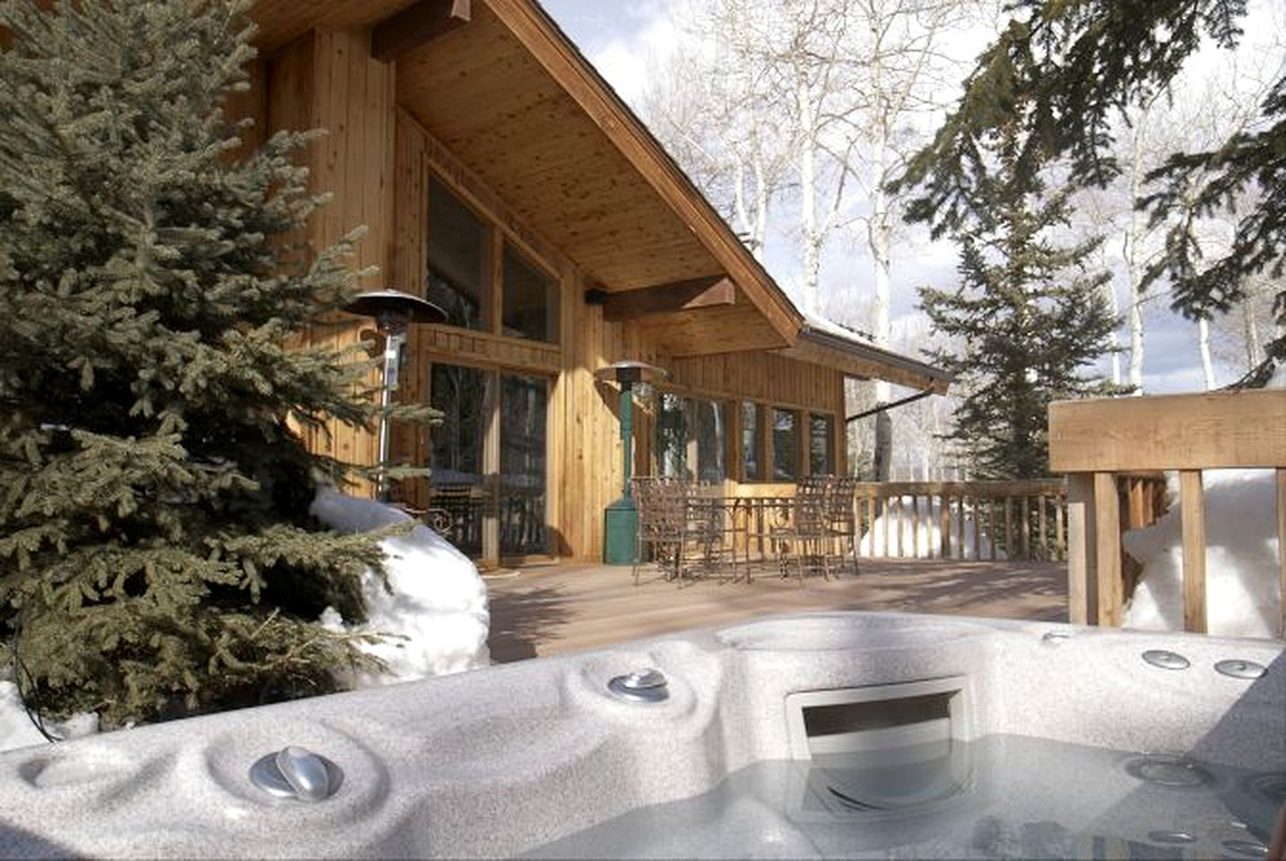 Cabins (Snowmass Village, Colorado, United States)