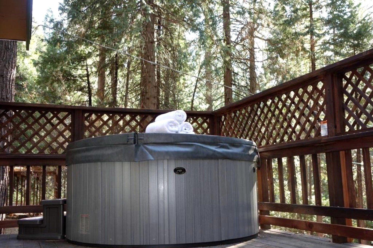 Cabin With Hot Tub Near Lake Tahoe California