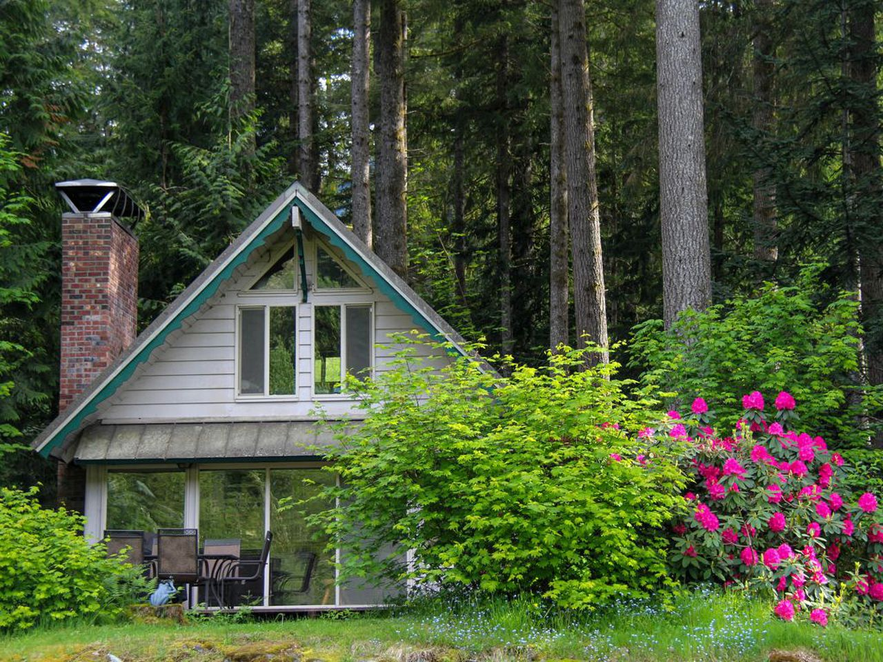 Cabins (Skykomish, Washington, United States)
