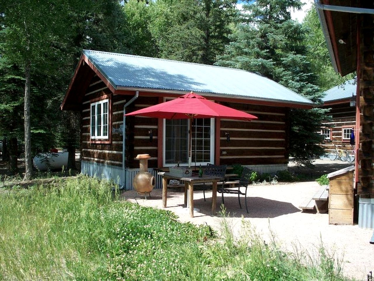 Cabins (South Fork, Colorado, United States)