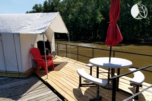Luxury Camping near St. Louis
