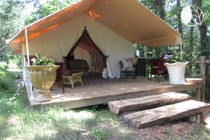 glamping north carolina north carolina glam camping. Black Bedroom Furniture Sets. Home Design Ideas