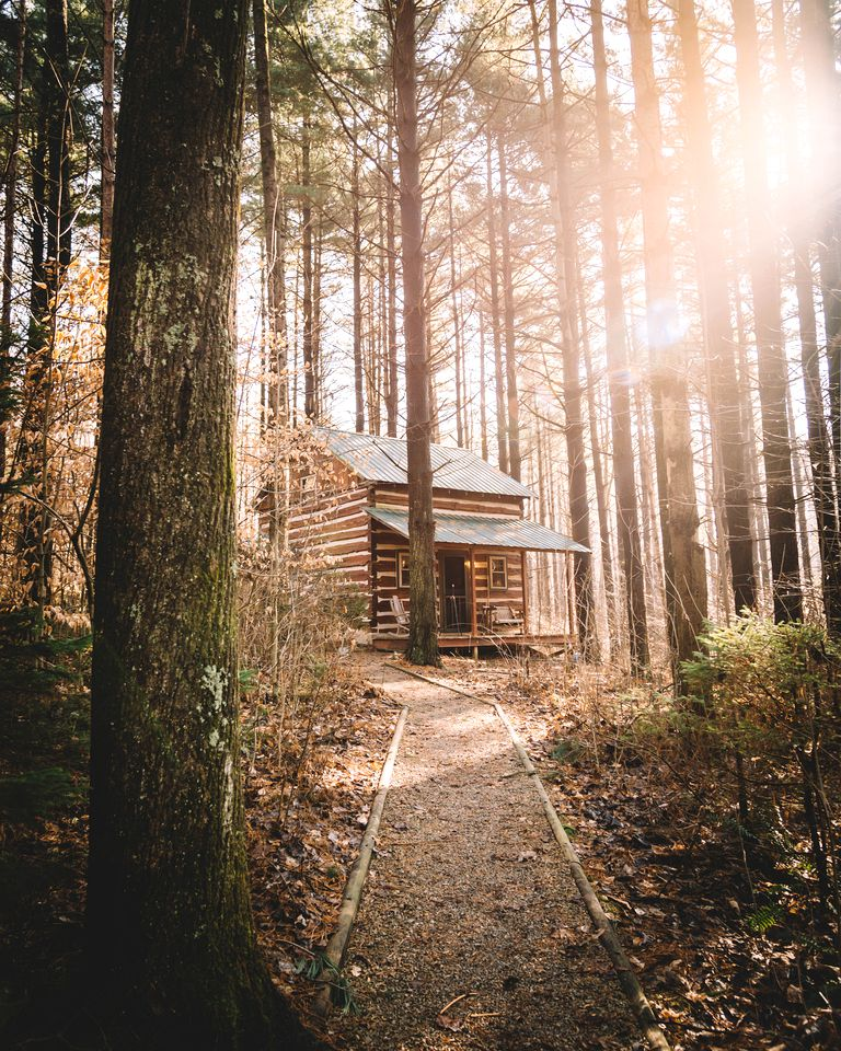 Hocking Hills cabins for 2