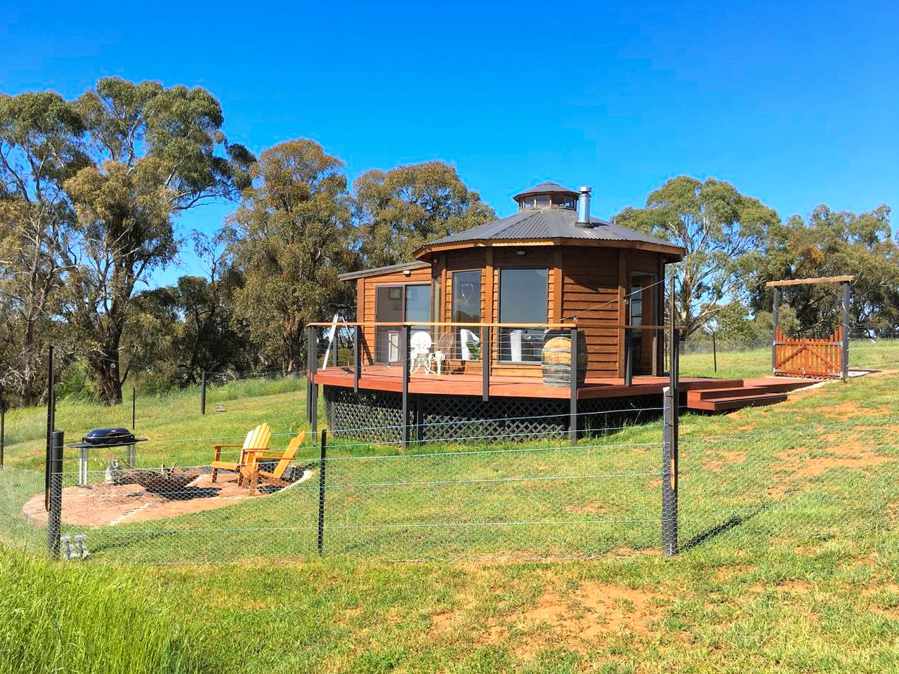 Yurts (Forest Reefs, New South Wales, Australia)