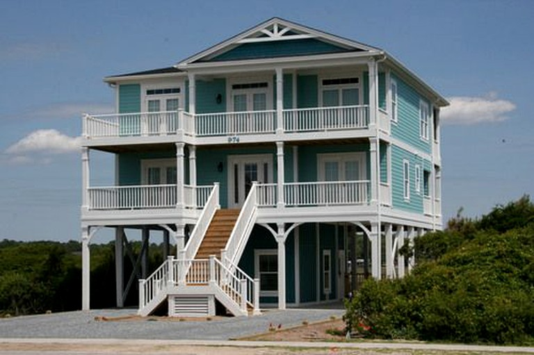 Amazing Beachfront Vacation Rental with Pool in Holden Beach, North Carolina