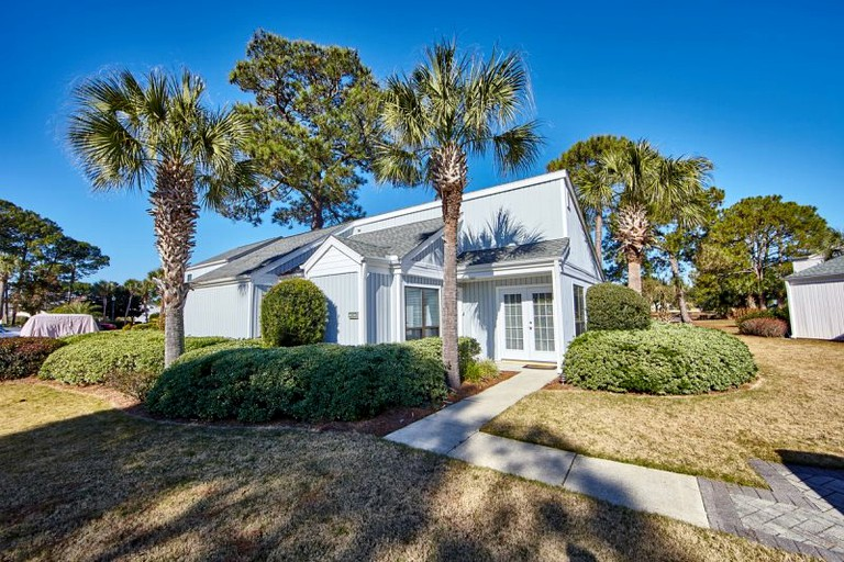 Admirable Beach Cottage Rental Ideal For Families On The Florida Gulf Coast Download Free Architecture Designs Sospemadebymaigaardcom