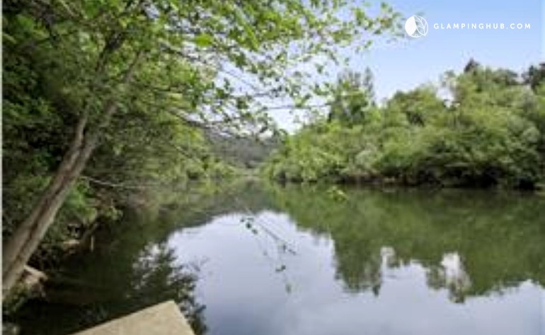 Cabin rental in guerneville sonoma county california for Russian river cabins guerneville