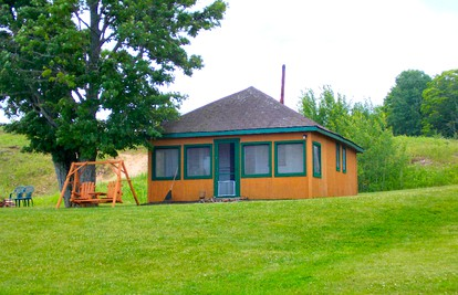 Romantic Cabins near Pictured Rocks National Lakeshore ...