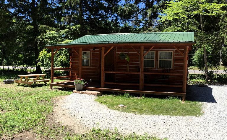 Rustic Cabin Rental for a Harbor Country Getaway near Warren Dunes State  Park, Michigan
