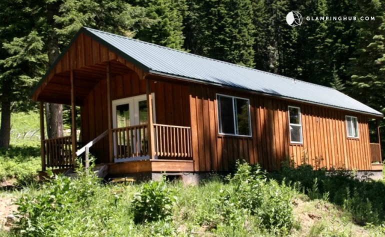 rental cabins oregon photo friendly cabin lakeside park rentals vacation rustic from pet zoes deluxe to brightwood state in one log