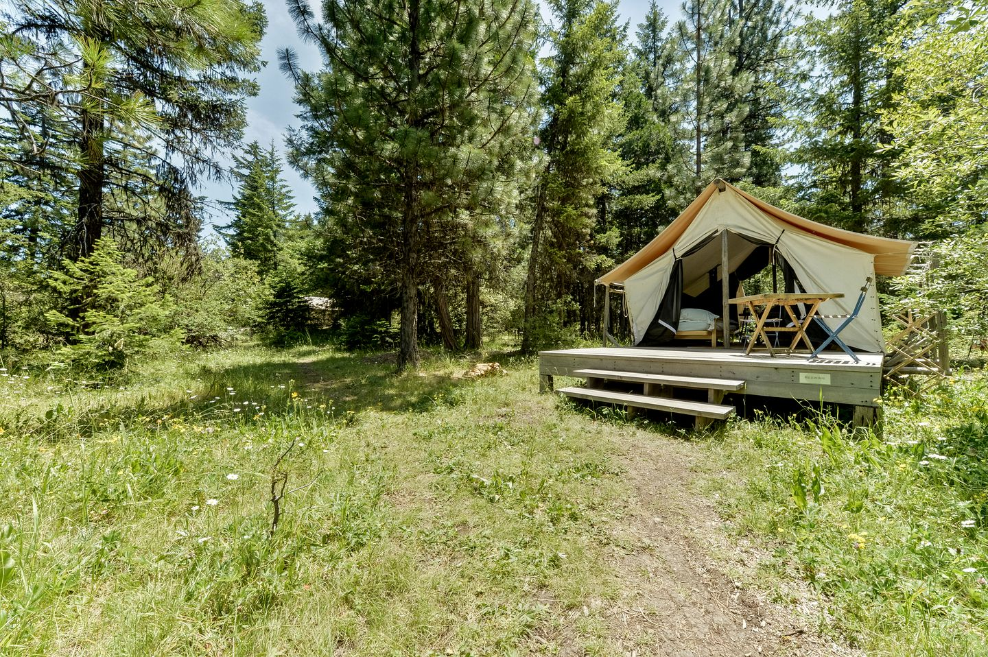 Safari Tents (Ashland, Oregon, United States)