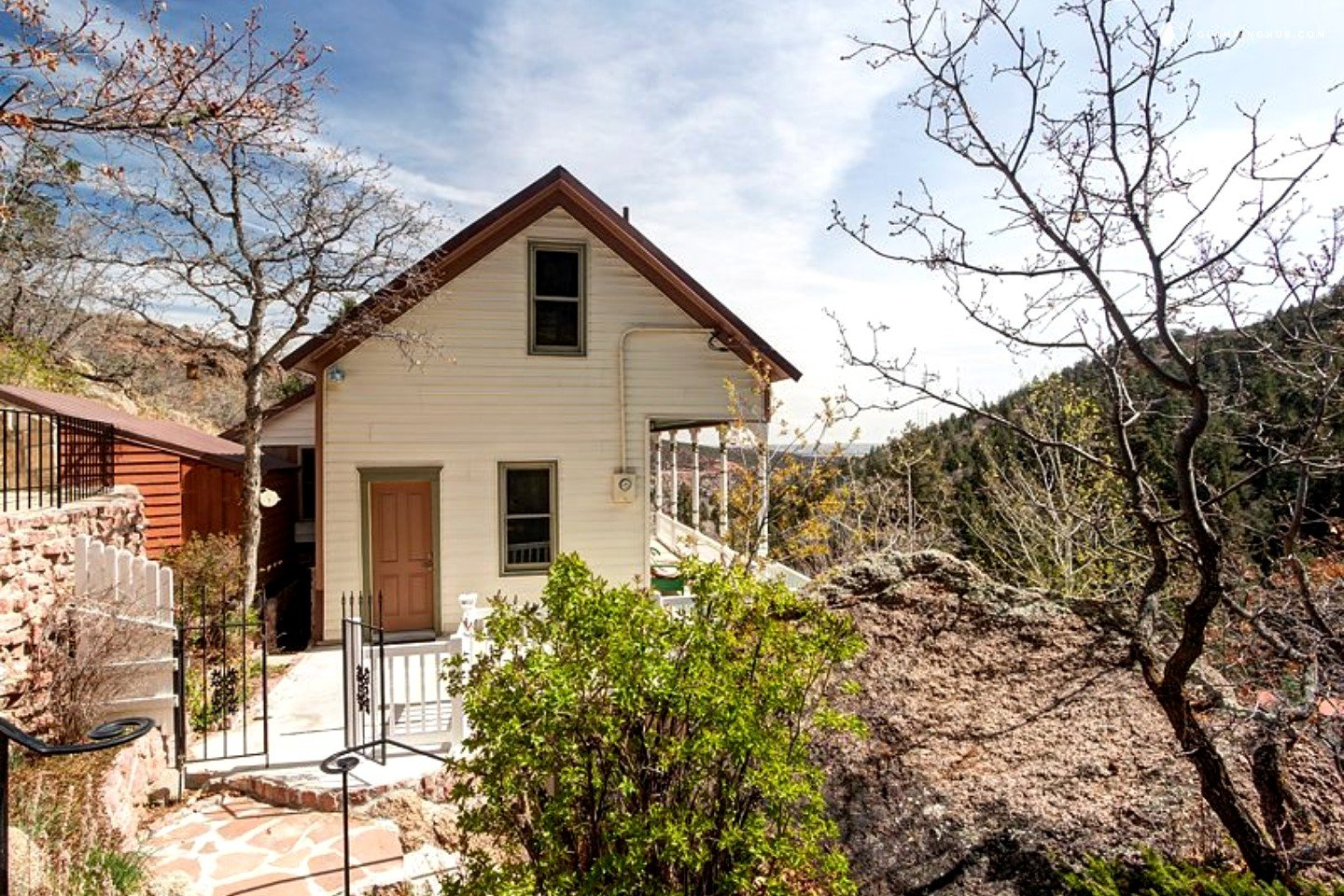 mountain cabin rental near manitou springs colorado