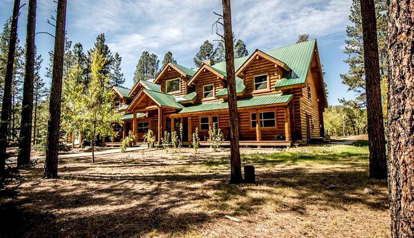 Log Cabins (Pagosa Springs, Colorado, United States)