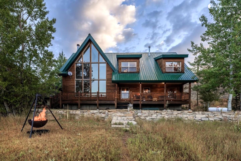 Waterfront Cabin Rental Near Salt Lake City Utah