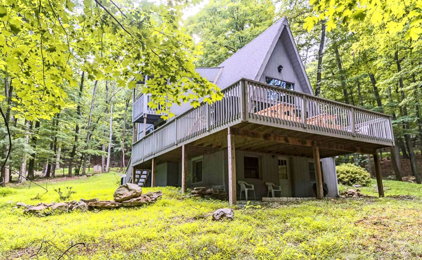 Secluded Cabin Getaway Near Cacapon State Park In Berkeley Springs West Virginia