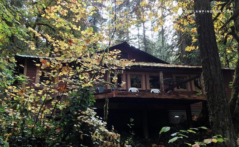 Cabin camping near portland for Cabins near portland oregon