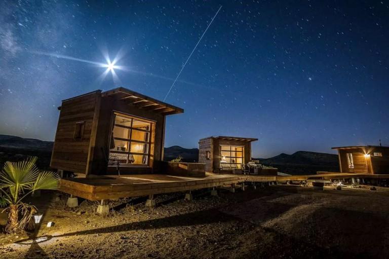 Glamping In California >> Pod Rental In The Mojave Desert California