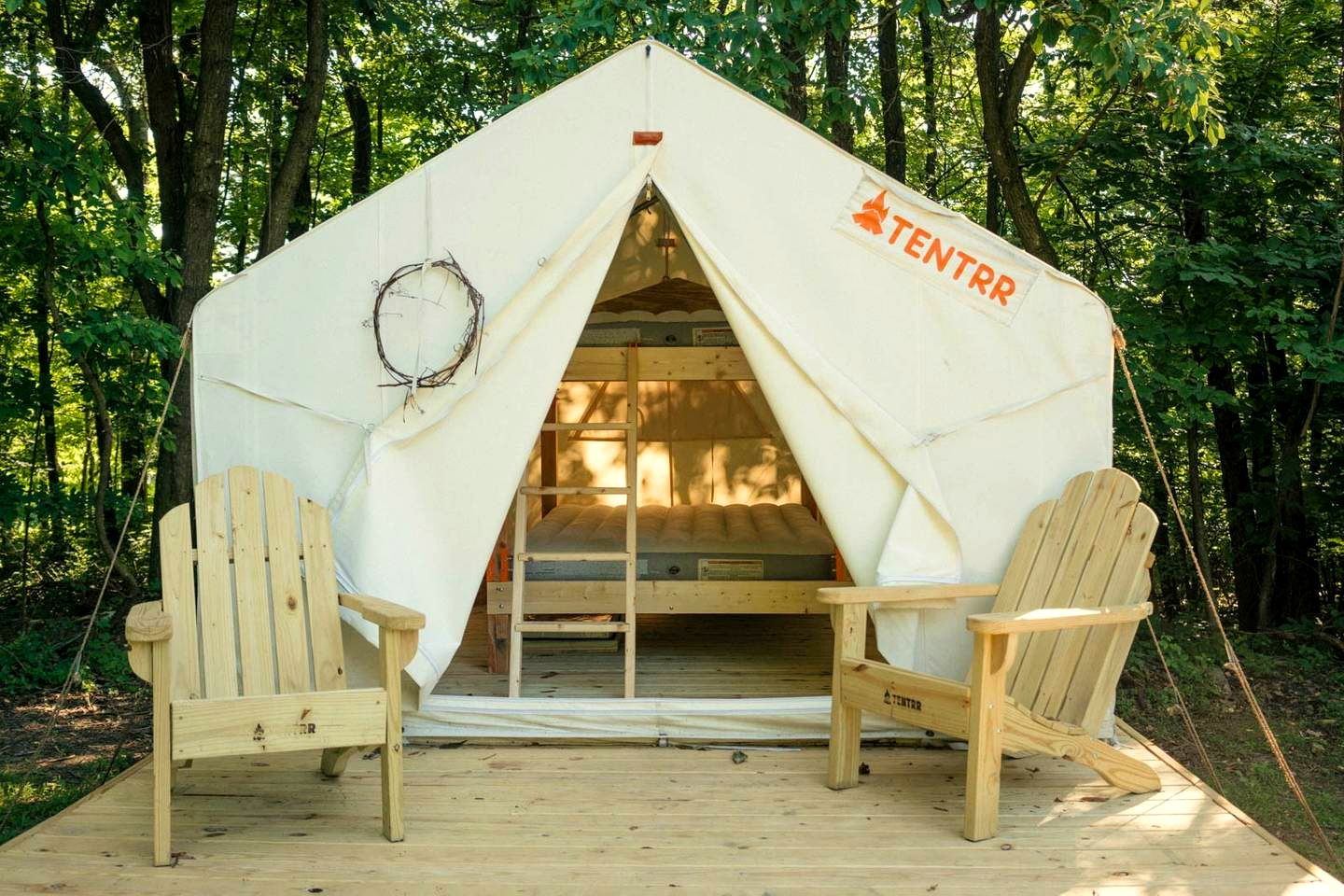 Tented Cabins (Aspers, Pennsylvania, United States)