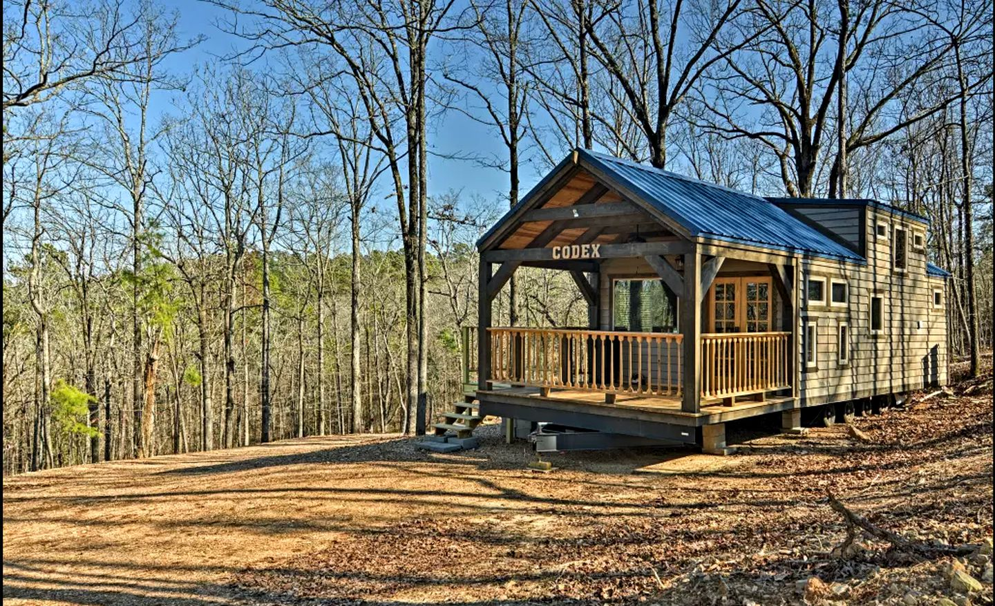 Tiny house cabin rental for secluded weekend getaway in Murfreesboro, Arkansas.