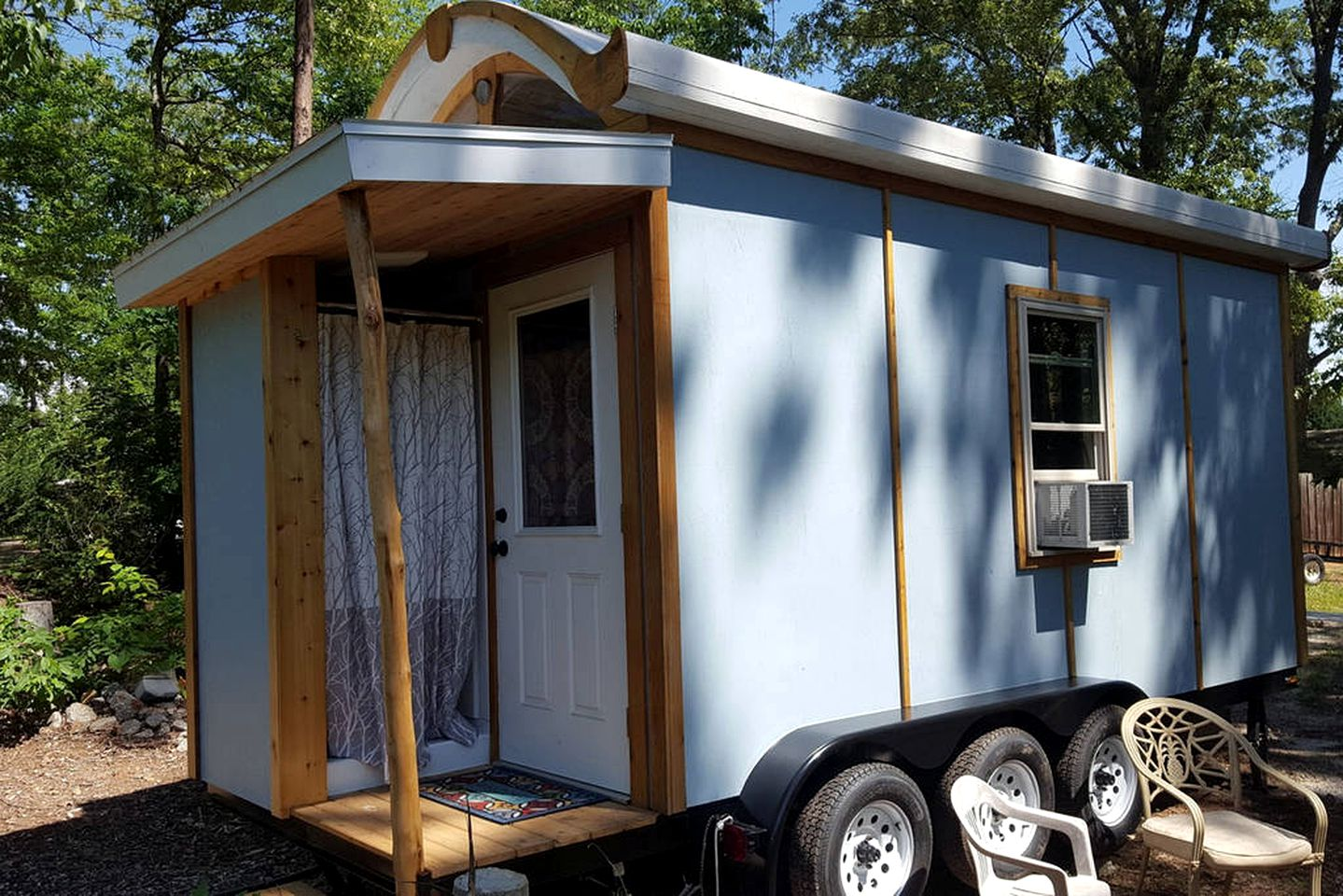 Tiny Houses (Seneca, South Carolina, United States)